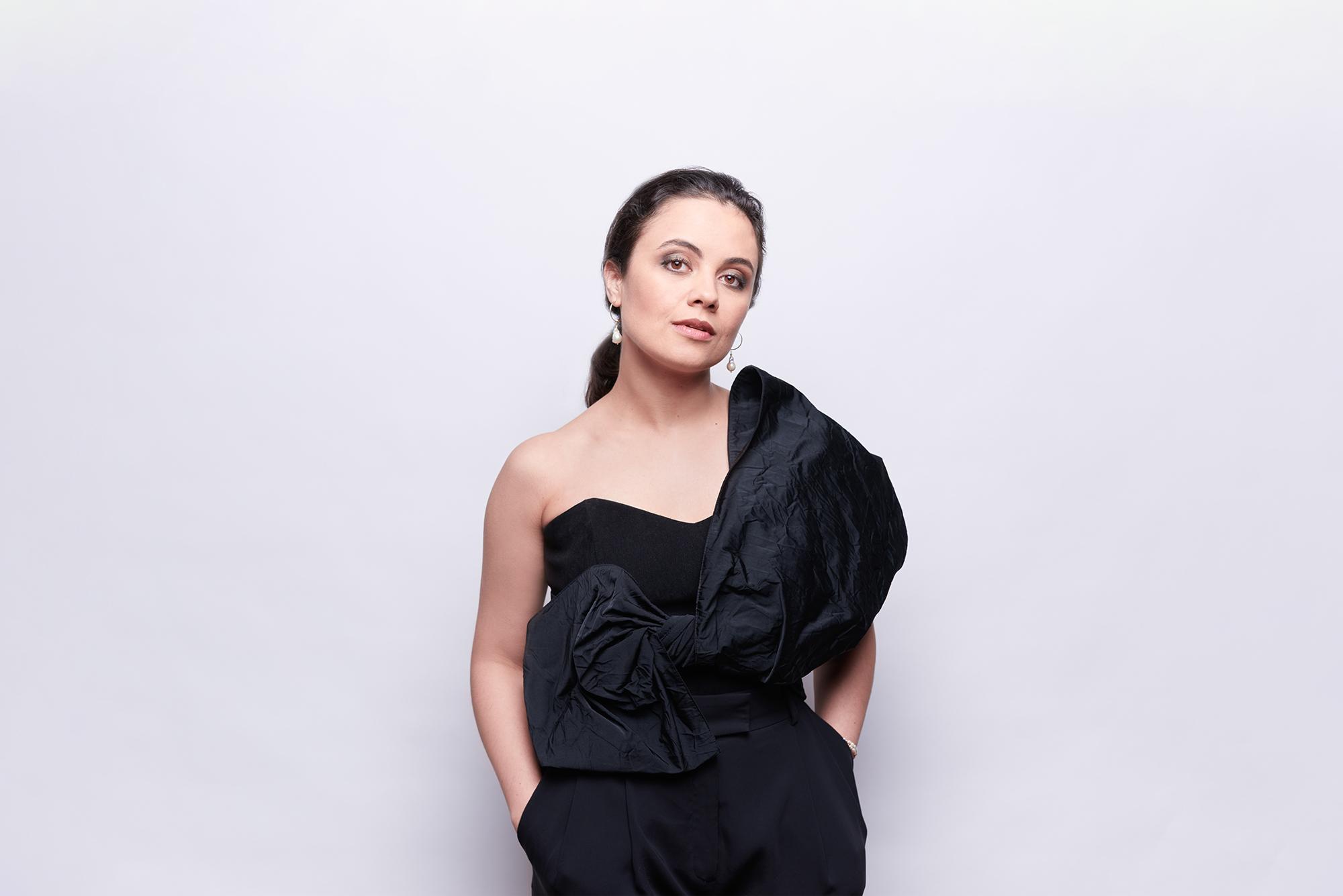 Sängerin aus Kirgisistan, Hamburgische Staatsoper